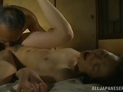 Passionate sex with a horny amateur mature from Japan