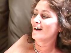 Mature Vicky fondles her shaved pusys and boobs