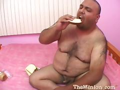Sexy Skinny Chick Doing Some Messy Fetishes With That Fat Guy