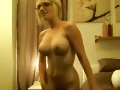 Blowjob and fuck for a busty blonde