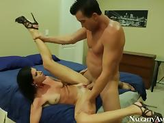 India Summer with shaved muff and hot porn video