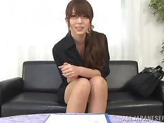 Chika Kitano enjoys playing with a dildo in hot solo sex vid