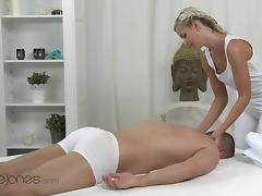 Orgasms XXX video: Uma, Lola - Special Swedish Massage