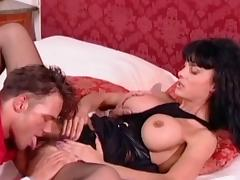 Brunette milf Bianca La Venere shows off her skill