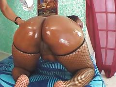 Sexy Ebony Gets Her Perfect Oiled Up Ass Jizzed After A Hot Fuck
