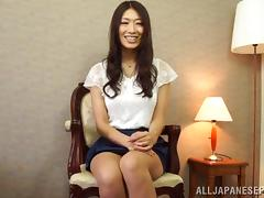 Pretty Asian model Reiko Kobayakawa knows what to do with a cock