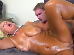 Hot mom-whore very like to fuck