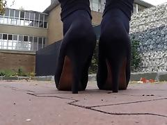 Leggins & Heels Outdoor