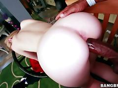 Summer Carter lets a black stud tear her ivory pussy up