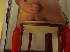 sentando no pepino