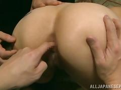 Hot Asian milf Yuki Tohma enjoys group action