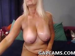 Amateur granny anal masturbation on webcam
