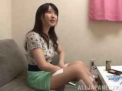 Sexy Asian babe Arisa Misato fucks her guy and plays with his cum