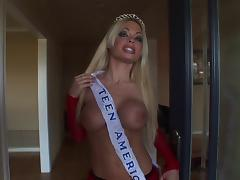 Fake-boobed blonde Jesse Jane gets fucked from behind