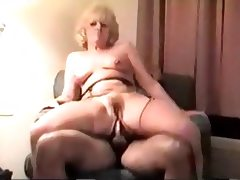 Matrure Mum Sally Anal Creampie From Bbc In Hotel Room